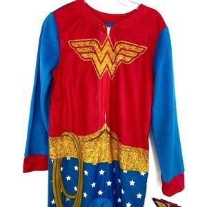 NWT Wonder Woman DC Onesie Hero Pajamas Kids 4/5
